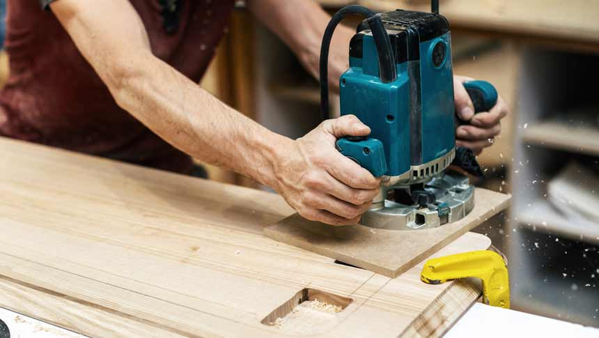 design on wood with wood router